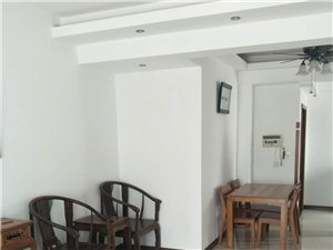 海虹家园学期房,南北通透装修好的!送一个大露台