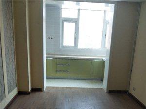 振业里三室两厅销售,124平通厅精装