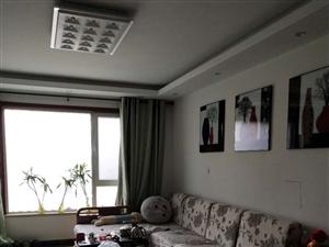 巴黎庄园98平1楼・2室精装未住