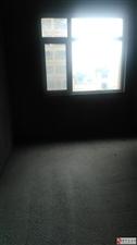 水岸绿洲3室2厅2卫65万元