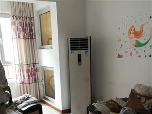 香驰・正苑3室2厅1卫1800元/月