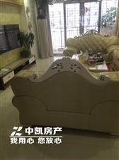 君悦华庭4室2厅3卫3500元/月