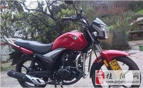 我想买一台男式摩托车