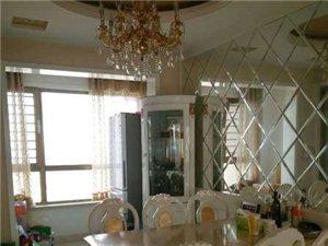 丽景豪庭4室2厅2卫200万元