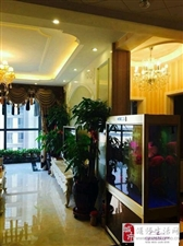 和顺广场豪华装修3室2厅2卫95万元