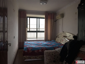 上宅公馆3室2厅2卫37万元