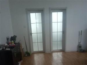圣水西苑2室1厅1卫73平3楼东精装带车库