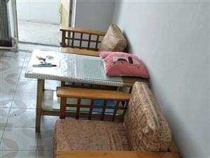长庆北街8号楼2室1厅1卫7200元/月