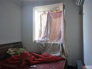 远华城3室2厅1卫32万元