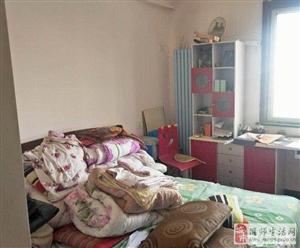 书香名邸3室2厅2卫72万元
