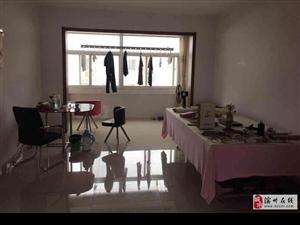 鑫苑东区多层五楼精装两室带10平储藏室南北通透