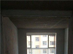 梅贵家园多层2楼带储藏室刚交房毛坯原房随时可以看房