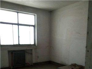 土地局家属院4室毛坯首付15万低价出售