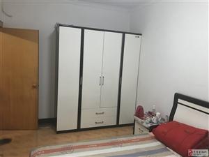 燕惠小区,两室家具家电齐全,小区地段繁华!
