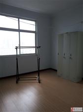 出租商都御花园3室家具家电齐全电梯房