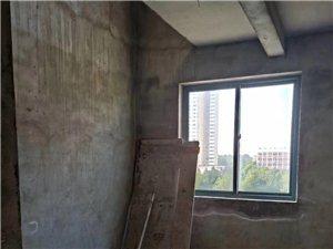 社旗华府中央新城4室2厅2卫39万元