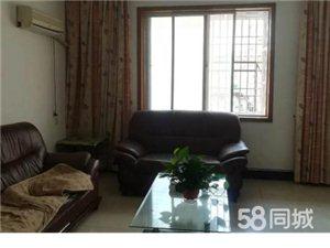 玉潭商贸中心一空三层带阁楼104.8万