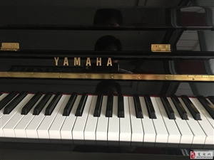 出售95成新雅马哈钢琴