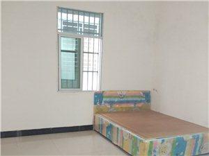 万福东六巷自建楼出租2室1厅1卫1500元/月
