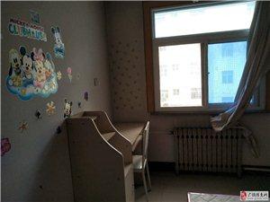西苑小区3室2厅1卫1000元/月