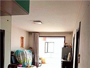 三小四中学区房1室1厅1卫15万元
