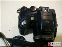 自用富士长焦数码相机,机器拍照摄相正常,自带存储卡