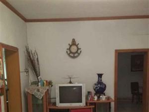 亚东小区2室2厅1卫8500一年