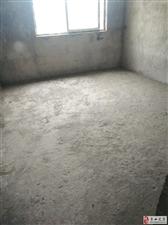 急售顶跃电梯房清水六室四卫216平72.8万证件齐全