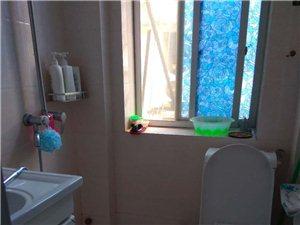 解放街2室2厅1卫1250元/月