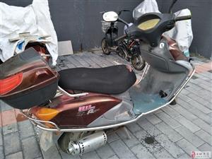 二手燃油助力车,女工踏板