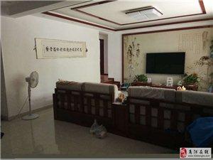 尚河丽景5室3厅3卫200万元