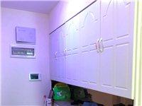 山臺山精裝3室105平米,僅售65萬,房子9成新!