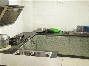 安华附近,4楼(电梯房),4室两厅两卫一厨一阳台