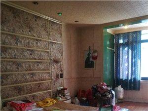 定水小区3室2厅2卫40万元