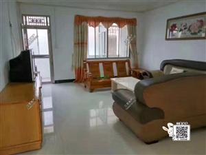 龙泉大道5室2厅2卫1700元/月便宜招租中