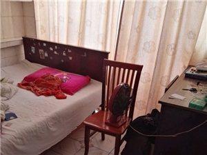 3室2厅1卫670元/月