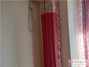 荣盛锦绣外滩3室2厅2卫1300元/月