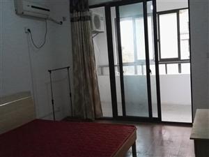 3号线柳州东路地铁口,精装空调主卧,带阳台厨房