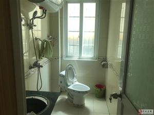 滨江花园带装修家具家电齐3室2厅2卫66万元