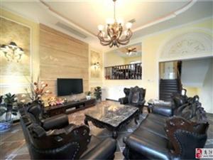 商南社区3室2厅1卫55万元126平三楼简装修