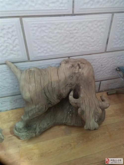 出售一批木雕,一对大2米高大花瓶