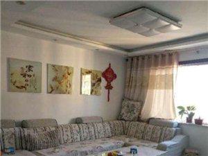 泰和名都3室2厅精装送家具家电95万元