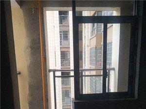 新公安局住宅区3室2厅2卫35万元