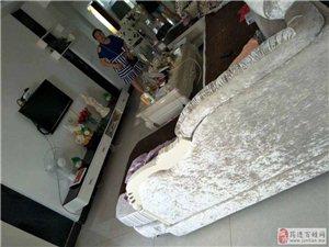 龙潭映翠园3室2厅1卫53万元