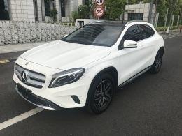 2017年奔驰GLA220四驱精品一手车22万