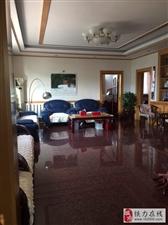 信合公寓一单元三楼165平出售