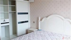 凯祥20楼豪装房2室2厅1卫74.8万元
