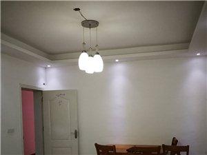 东方鑫村4室2厅2卫1680元/月