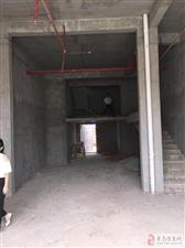 (临街旺铺)中心地段180平2层6800元/月