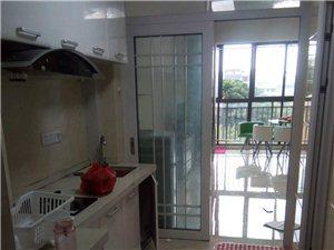 出租出租海逸广场市中心区半年租1200元/月
